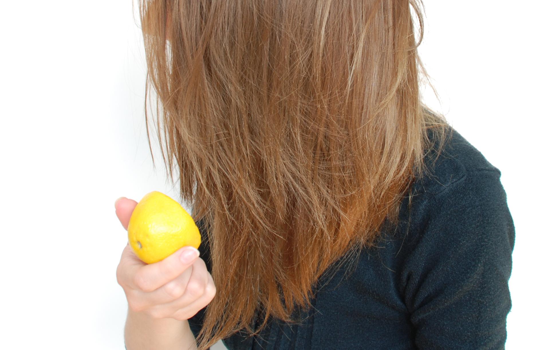 12 способов: как осветлить волосы