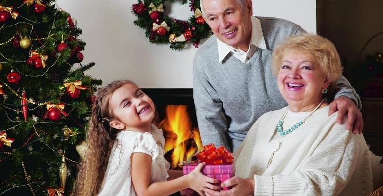 Подарок бабушке с дедушкой 36