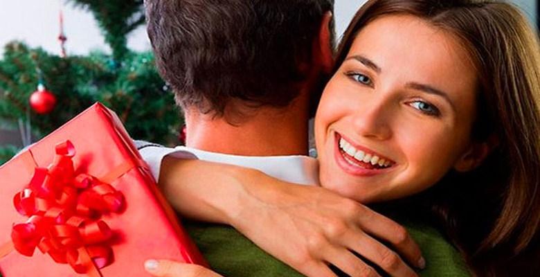 Как просить и получать подарки у мужчин? Раскрываем секреты!